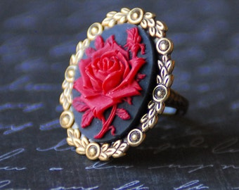 Red Rose Cameo Ring, Goth Ring, Neo-Victorian Red and Black Rose Ring, Rose Cameo Jewelry, Adjustable Brass Ring, Antiqued Brass, SRAJD