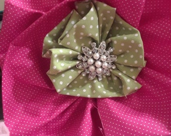 Pink & Green Lapil Pin Bow
