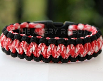 Paracord Survival Bracelet - Black and Red Combo