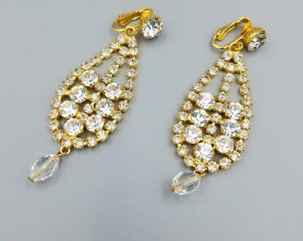 1980s Goldtone Chandelier Rhinestone Earrings, Vintage Teardrop Shaped Rhinestone Earrings,  Clip-on Rhinestone Earrings