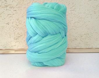 Turquoise Merino Yarn -Merino Wool Yarn - Super Chunky Yarn - Unspun Yarn - Unspun Wool - Chunky Yarn - Unspun Merino - Bulky Yarn