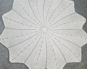 Baby star blanket. Christening blanket. 100% cotton. Baby gift. Crochet baby blanket. Nursery decor. 12 point star blanket. Cream blanket.