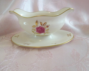 """Lenox """"Rhodora"""" Gravy Boat with attached Underplate"""