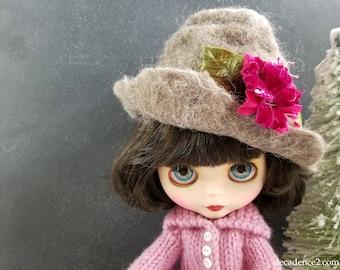 Light Grey Felted Wool Hat for Blythe Dolls- Light Grey,Dark Silver Gray Silk Ribbon Handfelted, Wool Hat