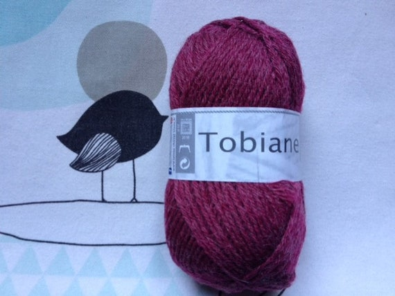 WOOL TOBIANE Ruby - white horse
