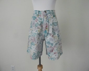 FREE usa SHIPPING 1980s vintage high waist pleated floral/ denim shorts acid wash retro hipster cotton size 10