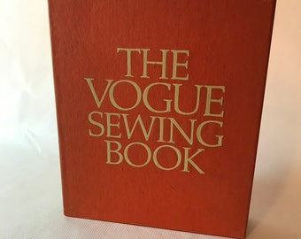 1970 The Vogue Sewing Book with Slipcase First Edition, Edited by Patricia Perry, Sewing Book, Pattern Book, Sewing Patterns