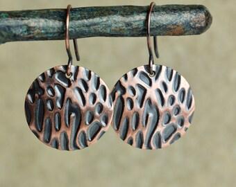 Medium Copper Disc Earrings with Embossed Organic Pattern, Primitive Earrings, Embossed Earrings, Aged Copper, Rustic Earrings