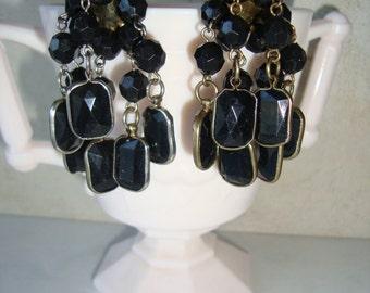 Vintage Black Dangle Cha Cha Pierced Earrings