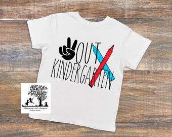 funny tee - trendy tee - kindergarten - peace out - graduation - boys - girls -