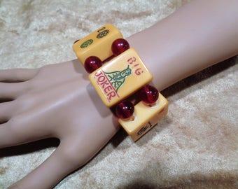 Bakelite Bracelet Big Joker Mah Jong Bracelet Vintage 6 Tile Big Joker Stretch Bracelet with Vintage Beads