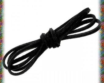 4 x 1 meter 2.5 mm black or red velvet suede