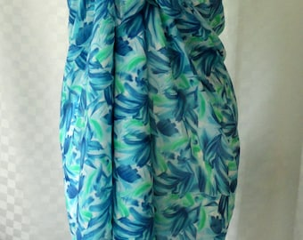 Sarong, Blue leaf print sarong, Beach cover up, Oversized scarf, Shawl, Beach wrap, Fashion accessories