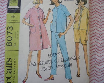 vintage 1960s McCalls sewing pattern 8073 misses pajamas or robe size 12-13-14