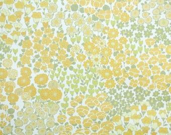 Retro Wallpaper by the Yard 60s Vintage Wallpaepr - 1960s Yellow and Green Mini Floral on White