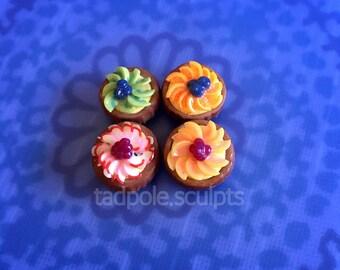 Set of 4 Mini Fruit Tarts