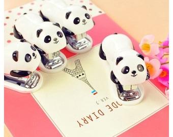 Mini agrafeuse PANDA  avec son paquet d'agrafes n10
