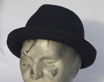 """hats type """"Pork pie"""" black, several colors available"""