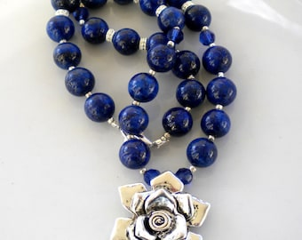 Lapis Lazuli Gemstone Necklace Beaded Necklace Montana Blue Swarovski Cry Flower Pendant OOAK