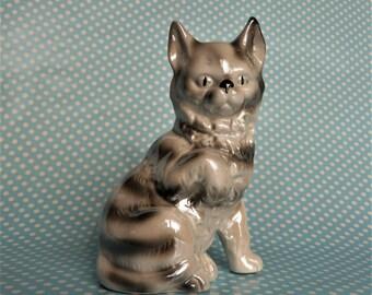 "Vintage ceramic grey lustre ware cat figurine, 4.5"" tall"