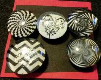 Set of 5 strong glass black and white fractal magnets, refrigerator magnets, fridge magnets, kitchen decor, heart, geometric shapes