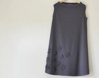 Gray Swing Dress w/Flower Applique