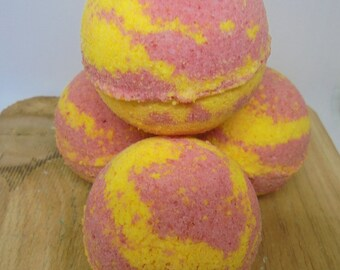 BATH BOMB FIZZY / Bath Treat / Bath Fizzy / Cherry Lemonade / Unique Gift Idea / Gift for Her / Gifts for Him / Gifts / Bridesmaids Gift