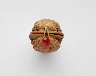 Tiny box for secret messages, gifts of jewelry  or tiny treasures - red