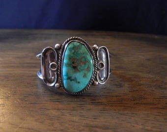 Vintage old pawn Navajo Native American Indian sterling silver and turquoise cuff bracelet
