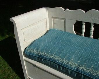 Box Cushions + Bolsters