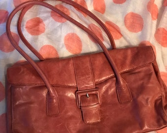 Hobo purse with interior zipper pockets, rose pink leather bag with magnetic clasp