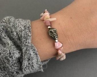 Pink Opal Skull Bracelet, Mini Pink Opal Chip Bracelet, Opal Jewelry, Gemstone Bracelet, Libra Bracelet, October Birthday Gifts