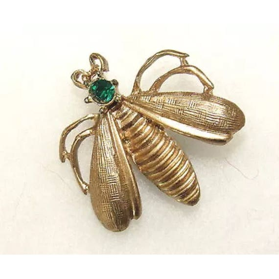 Vintage Brushed Gold Bee Fly Insect Bug Pin Brooch with pretty Emerald Green Rhinestone
