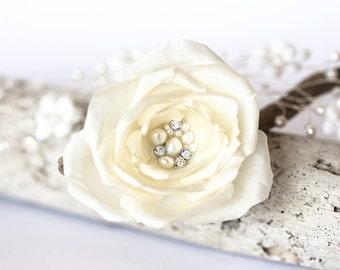 718 Barette flower, Bridal Barrette, Ivory brooch, Silk pearl flower, Cream brooch, Wedding Barrettes, Silk Barrette, Ivory Barrette, Clips.