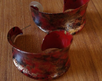 80s red and gold swirly earrings