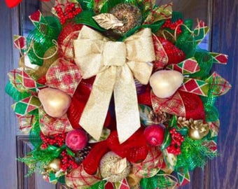 Etsy Christmas Wreath   Holiday Wreath With Gold Bow on Etsy  Door Wreaths By Trina   Wreaths on Etsy   Etsy Wreaths