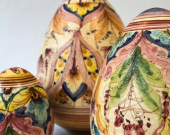 Decorated ceramic eggs