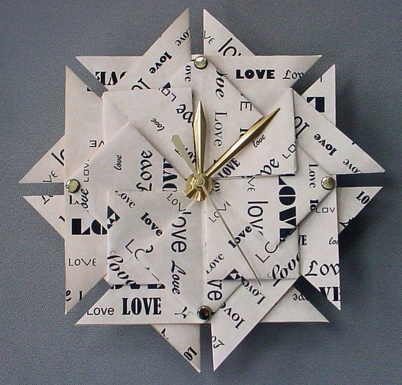 1st Anniversary Paper Gifts: Memorable 1st Anniversary Gift Love Origami Clock Paper