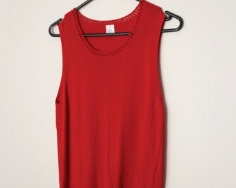 Vintage 1980s Sleeveless Ribbed Slinky Tank Top in Bright Red with Lace Detailing on Neck
