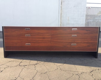 Glenn of California Robert Baron Dresser Mid Century Modern Media Console Sideboard Furniture Cabinet Server Sideboard MCM Storage Credenza