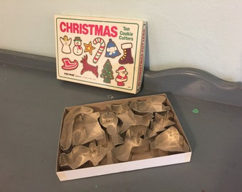 50% SALE *** Nine Christmas Cookie Cutters by Fox Run Craftsmen