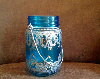 Bohemian wired mason jar lantern. Perfect for a moroccan decor with henna designs/Wedding Decor/Party favors