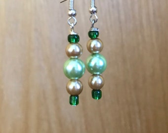 Green and Gold Beaded Drop Earrings, Green Gold Drop Earrings, Gold and Green Beaded Earrings, Green Gold Earrings, Gold Green Earrings