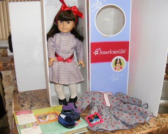 "AMERICAN Girl SAMANTHA DOLL w Box Pleasant Company 18"" ++ Plus Extras Dress Shoes Photo Album"