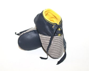 6-12 Months Slippers / Baby Shoes Lamb Leather Yellow Dark Blue Dots