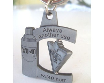 Advertising Keychain * WD 40 And CANADIAN TIRE Keyring / Keychain With Moving Part