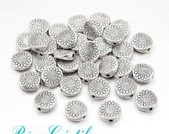 15pcs Tibetan Style Beads, Flat Round, Antique Silver, about 8.5mm long, 8.5mm wide, 3.5mm thick, hole: 1.5mm