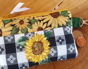 Sunflower Coin Purse,  Change Wallet, Gingham Coin Purse, Sunflower Change Purse, Ear Bud Pouch, Sunflower Wallet, credit card pouch