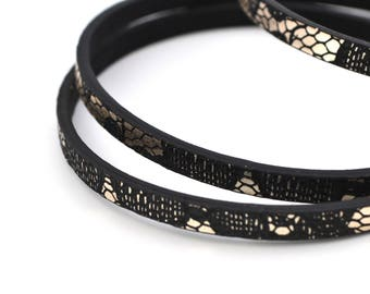 20cm black faux leather silver reptile skin effect 5mm flat cord