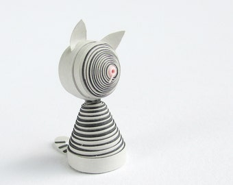 Miniature cat figurine in gray stripes quilled paper art, cat collectors, cat lover gift, gift for her, gift for friend, small birthday gift